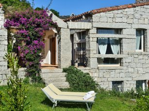 Li Conchi 15 - View of the House